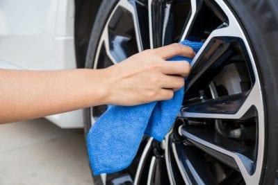 Microfiber Cloths, Cloth Polishes Wheel of Car
