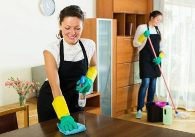 Incompatible coworkers, Women Cleaning