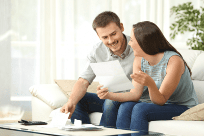 Worksheet Overkill, Man and Woman Reading Letter