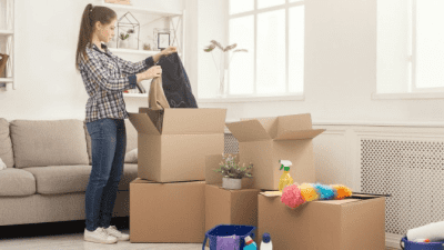 Can Hoarders Be Cured home organizer packing stuff into boxes