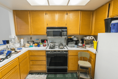 Rundown Apartment, Retro Kitchen
