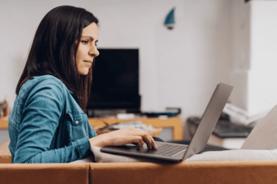 Advertise Without Scare Tactics, Woman on Computer
