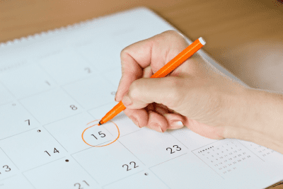 How to Charge for a Hoarding Job, Date Circled on Calendar