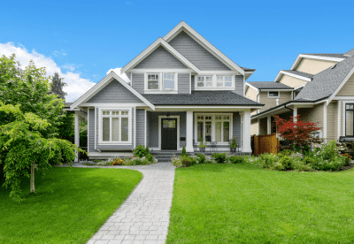 How to Get Cleaning Clients Online, Nice House and Lawn