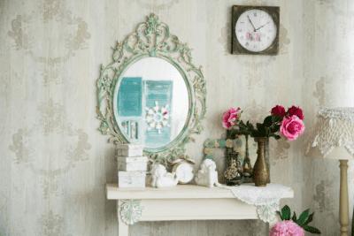 House Cleaner Breaks Client's Stuff, Antique Mirror