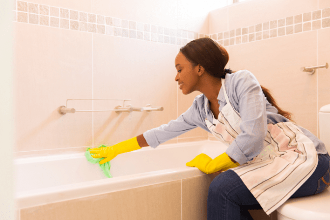 Move Out Cleans Only, House Cleaner Cleaning Tub