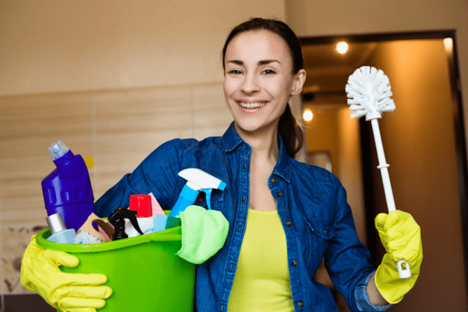 House Cleaning to Country Club Cleaning House Cleaner
